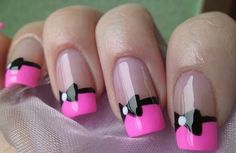 Love these cute pink bow nails