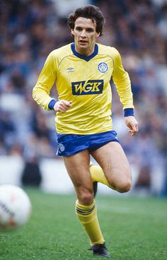 Sport, Football, pic: April Frank Gray, Leeds United defender, who also won 32 Scotland international caps between (Photo by Bob Thomas/Getty Images) Football Icon, Football Kits, Football Jerseys, Sport Football, Leeds United Football, Leeds United Fc, Classic Football Shirts, Stock Pictures, Image Collection