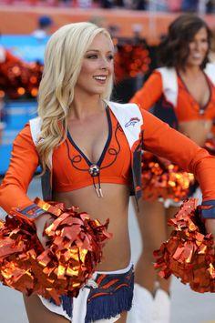 DBC Denver Bronco Cheerleaders, Redskins Cheerleaders, Hottest Nfl Cheerleaders, Cheerleading Cheers, Cheerleading Outfits, Denver Broncos Womens, Cheerleader Images, Professional Cheerleaders, Ice Girls