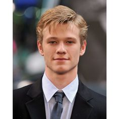 Lucas Till ❤ liked on Polyvore featuring guys, lucas till, boys, people and pictures