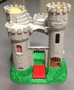 Fisher Price Castle Huge! Great Adventures Playset 1994 - 7110 #FisherPrice