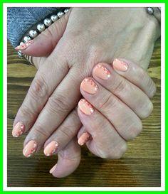 Shellac nail desing