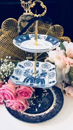 Pre Wedding Party, Blue Wedding, Summer Wedding, Wedding Cake Stands, Unique Wedding Cakes, Asian Interior, Chinoiserie Chic, Dessert Table, Tea Party