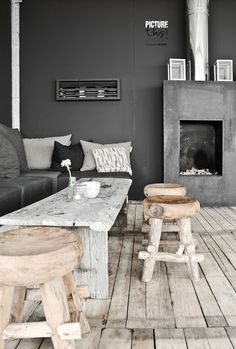 Room styling Muted Grey Charcoal Home Design Minimal Lounge Living Interior Home Living Room, Living Spaces, Turbulence Deco, Interior Architecture, Interior Design, Eclectic Design, Interior Modern, Interior Decorating, Decorating Ideas