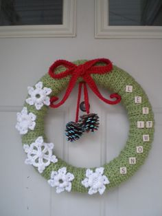 Crochet Christmas wreath idea.