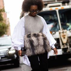 Solange Knowles em top de pelo . Visite o SimplesModa, um blog e revista de moda em Português.