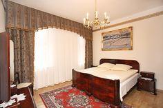 Poczuj wspaniałą atmosferę magicznego Krakowa w apartamentach Florian. W miejscu tym prezentujemy zdjęcia Apartamentu Szlacheckiego III mieszczącego się przy ulicy Starowiślnej 43. Więcej zdjęć można zobaczyć tutaj: http://apartamenty-florian.pl
