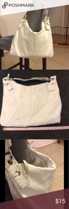 White Hobo Shoulder Bag Like new, barely use.  Faux leather Bags Hobos