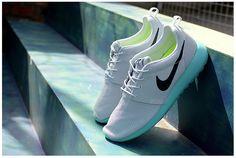 Nike Roshe Run 'Calypso'