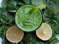 Grön spenat smoothie - detoxjuice