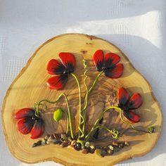 Taşlarladoğa#Taşboyama#painting#stones#gelincik#dekoratif#hediyelik#tasarım#urlasanatsokağı#siparişalınıra