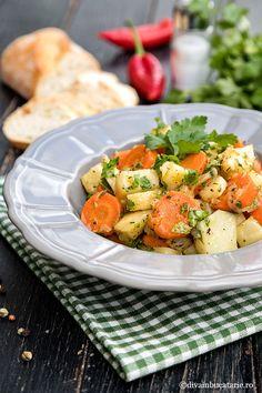 Mayonnaise, Up Halloween, Yams, Potato Salad, Recipies, Potatoes, Chicken, Ethnic Recipes, Food
