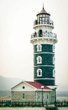 Valentine Safron lighthouse, Mohawk Island
