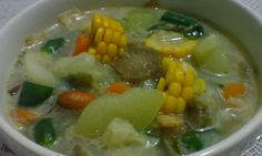 Indonesian food: Angeun Lodeh, west Java mix vegetables cooked with coconut milk. would taste better if eaten with chilli and anchovies Cooking With Coconut Milk, Crispy Sweet Potato, Indonesian Cuisine, Indonesian Recipes, Sweet Corner, Asian Recipes, Ethnic Recipes, Mixed Vegetables, I Want To Eat