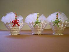 Crochet Pouch, Filet Crochet, Diy Crochet, Crochet Stitches, Crochet Baby, Crochet Flower Tutorial, Crochet Flowers, Crochet Wedding Favours, Holiday Crochet Patterns