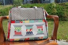 Sew Lux Fabric : Blog: Weekender Sew Along : Bag Assembly lots of time to include machine sewing in the lining