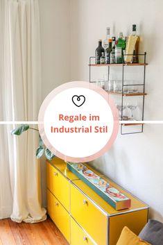 Regale im Industrial Stil sind nicht nur optisch ein Highlight, sondern bieten außerdem besonders viel Stauraum und sind vom Nützlichkeitsfaktor ungeschlagen. Industrial, Handmade, Home, Blog, Rustic Shelves, Modular Shelving, Mediterranean Style, Industrial Style, Wall Panelling