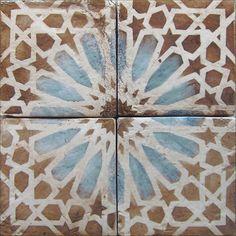 Artisan terra-cotta tile, Touareg 8 mocka & royal blue on off white