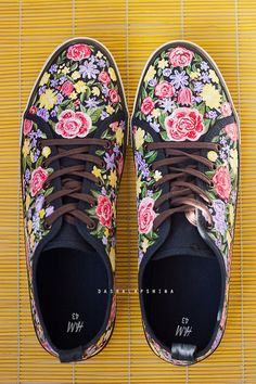 1bb20cef Hand painted Men Canvas Shoes, Men Sneakers with flowers, summer shoes,  custom made