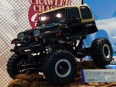 How a jeep would look like if my friend @Kris Julian had a hold of this lol ;) - Yes m'am @Hannah Mann lol