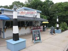 Flo's Famous Luncheonette, Blue Point, Long Island, NY