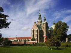 Rosenborg Castle, Copenhagen San Francisco Ferry, Copenhagen, Big Ben, Castle, Mansions, House Styles, Building, Travel, Viajes