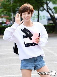 Im loving dat hair:) #jeongyeon