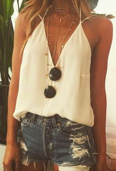 Cute Outfits summer outfits ripped denim short shorts deep v neck Mode Outfits, Casual Outfits, Fashion Outfits, Fashion Clothes, Fashion Fashion, Teen Outfits, Womens Fashion, Grunge Outfits, Fashion Styles