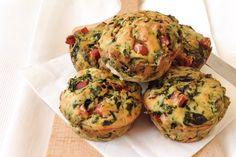 I muffin salati di patate e parmigiano in salsa di funghi porcini sono un ottimo antipasto, originale e ricco di sapore. Ecco la ricetta
