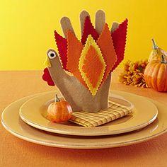 Thanksgiving kids' craft: Felt Turkeys