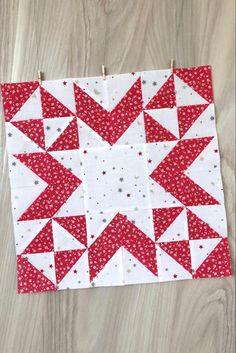 Lap Quilts, Small Quilts, Mini Quilts, Quilting Tutorials, Quilting Designs, Half Square Triangle Quilts Pattern, Christmas Quilting Projects, Patchwork Quilt Patterns, Star Quilt Blocks