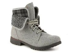 http://www.dsw.com/shoe/rock .and. candy spraypaint flannel combat boot?prodId=369471