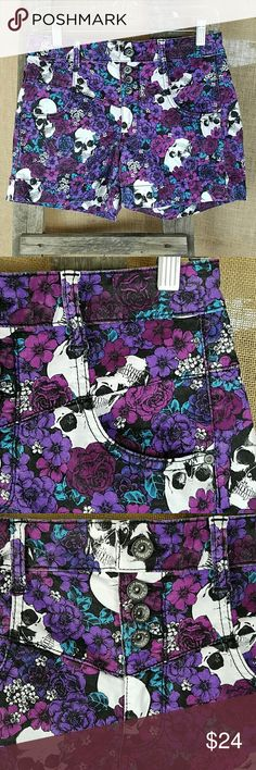 """Hot Topic Love Sick women's 15 purple floral skull Hot Topic Love Sick women's 15 purple floral skull high waist shorts stretchy.  Waist side to side: 15"""" Rise: 9.5"""" Length: 12.5"""" Hot Topic Shorts"""