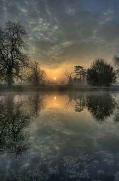 sunset at the cold lake - Fotografie - Top Bilder - Nature Beautiful Sunset, Beautiful World, Beautiful Images, Beautiful Photos Of Nature, All Nature, Nature Tree, Nature Pictures, Best Nature Photos, Pics Of Nature