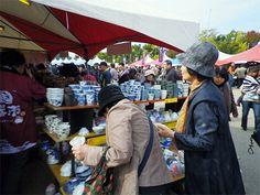 姫路で「全国陶器市」-33産地から焼き物20万点、16万人の来場見込む(写真ニュース)