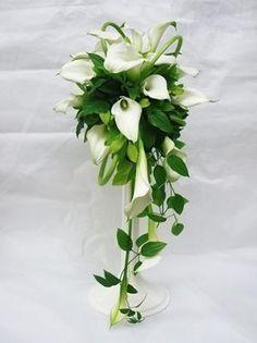 Bouquet de Lys original avec de longues tiges élégantes