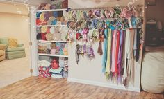 My good friend Kimberly Traylor of Candidly Inspired Photography's new home studio space!  I love this!