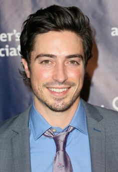 """Ben Feldman Photos - Actor Ben Feldman attends the 24th and final """"A Night at Sardi's"""" to benefit the Alzheimer's Association at The Beverly Hilton Hotel on March 9, 2016 in Beverly Hills, California. - 2016 Alzheimer's Association 'A Night at Sardi's' - Arrivals"""