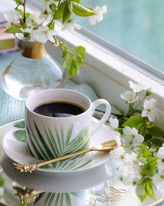 Coffee Is Life, I Love Coffee, Good Morning Coffee, Coffee Break, Coffee Cafe, Coffee Drinks, Coin Café, Turkish Tea, Spiced Coffee
