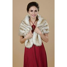 Chic Short Sleeve Faux Fur Party/Casual Shawls – AUD $ 35.41