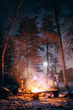 Moonlight Walk in #Nuuksio #Espoo, break on campfire