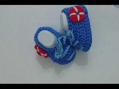 طريقة عمل حذاء طفل كروشيه how to crochet baby shoes - YouTube