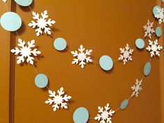 Blue and White Snowflake Garland Holiday by anyoccasionbanners