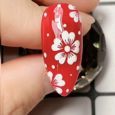 Beautiful white flowers nails,Simple nails art design videos Tutorials Compilation Part 1 nails nailart nailsdesign Rose Nail Art, Rose Nails, Flower Nail Art, Gel Nail Art, Nail Art Diy, Nail Flowers, Flower Toe Nails, Daisy Nail Art, White Nail Art