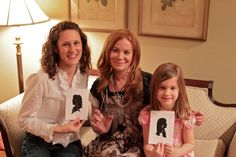 Silhouette profile artist will come and decorate your home, and do home parties! You profit, too!