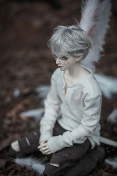 Real Anime, Anime Guys, Japanese Trends, Doll Drawing, Enchanted Doll, Pretty Images, Anime Dolls, Creepy Dolls, Little Doll