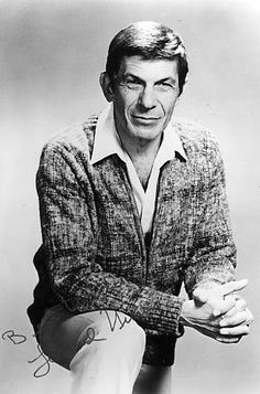 Leonard Nimoy - Oh my I adore an old man haha, he is so cool :)
