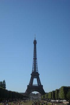 La Tour Eiffel, Sunday, 18th July 2010, Paris, France.