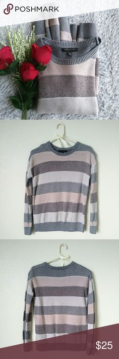Banana Republic Knit Sweater Small Banana Rrpublic knit sweater size small. Striped with grey and shades of mauve purple also has a cool metallic shine to it. Pre loved in perfect condition. Hardly worn like new. Banana Republic Sweaters