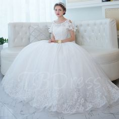 Scoop Neck Bridal Gown with Beadings Lace Applique Wedding Dress